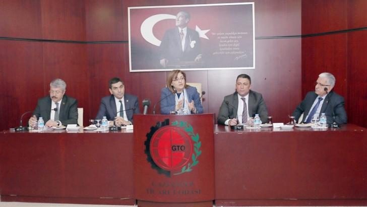 GASTRONOMİ SEKTÖRÜ İSTİŞARE TOPLANTISI DÜZENLENDİ