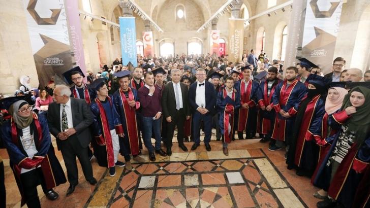 Suriyeli sığınmacılara Türkçe eğitim belgesi verildi