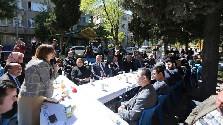 Başkan Şahin, mahalle sakinleriyle bir araya geldi