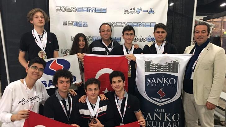 SANKO'lu öğrencilerinin büyük başarısı