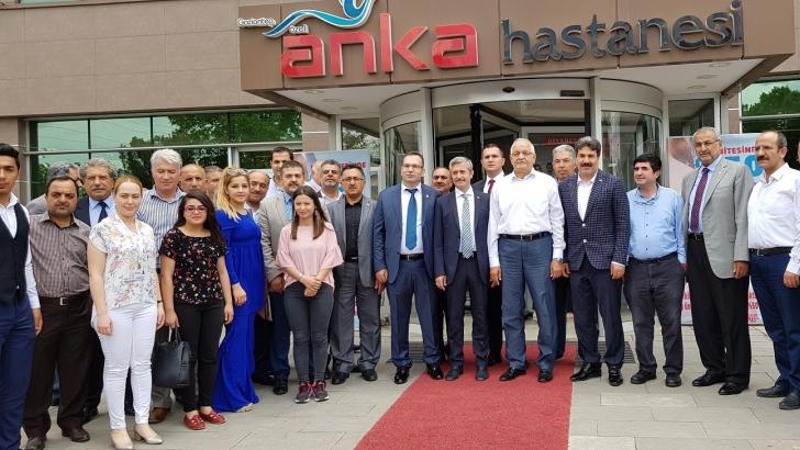 Milletvekili Erdoğan'dan ANKA'da sağlık çalışanları ile buluştu