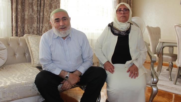Gül'e annesinden oğullarına övgü