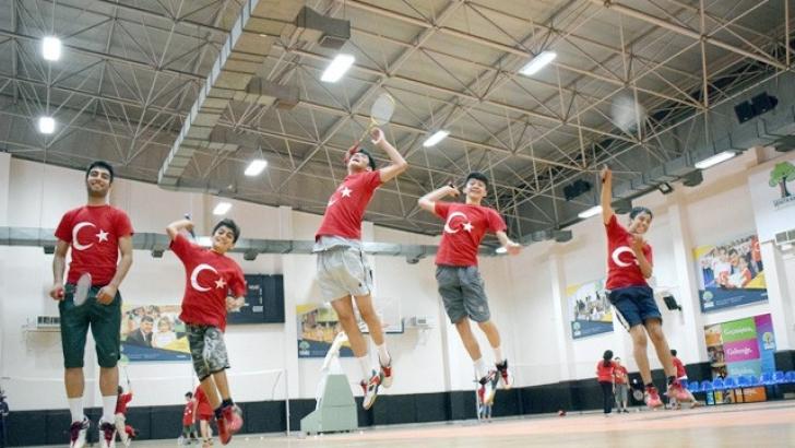 Badminton branşına ilgi büyüyor