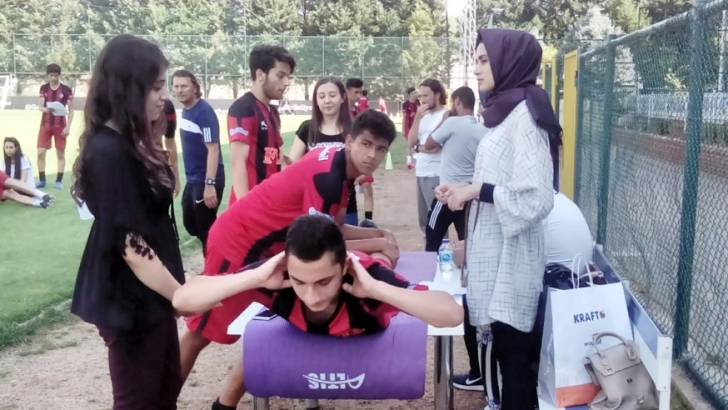Gazişehirli genç futbolcular testlerden geçti