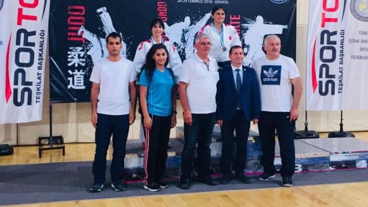 Zehra Türkiye ikincisi oldu