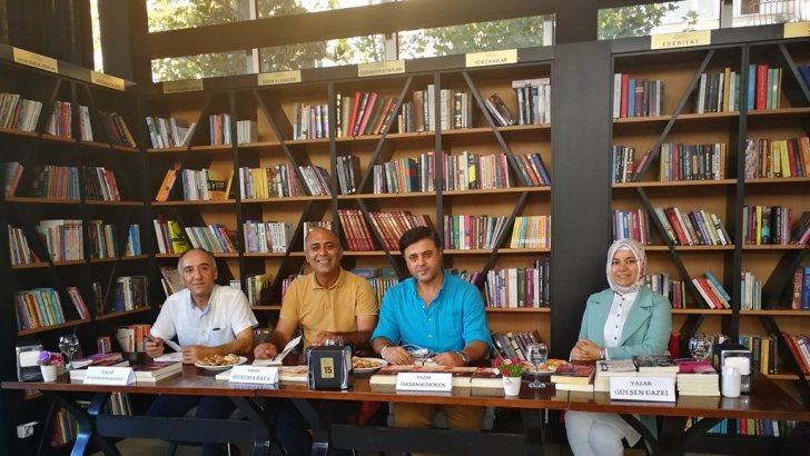 Çınarlı Kitap Kafe'de yazar söyleşileri