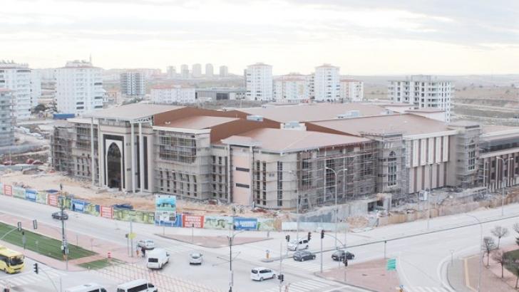 Bölgenin en büyük kongre merkezi tamamlanıyor