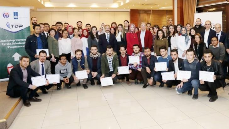 Uluslararası öğrencilere sertifika