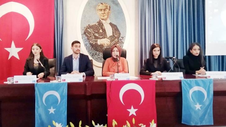 GAÜN öğrencilerinden Doğu Türkistan: Dil, Kültür, Sanat ve Edebiyat paneli