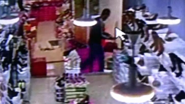Hırsızlık kameraya yansıdı