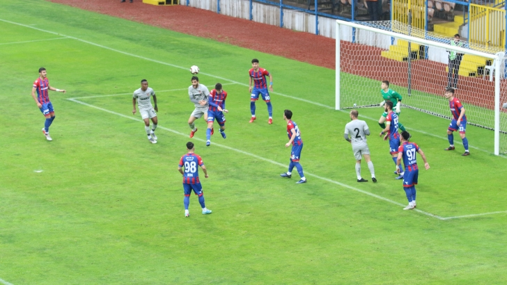 Gazişehir Play-off'da
