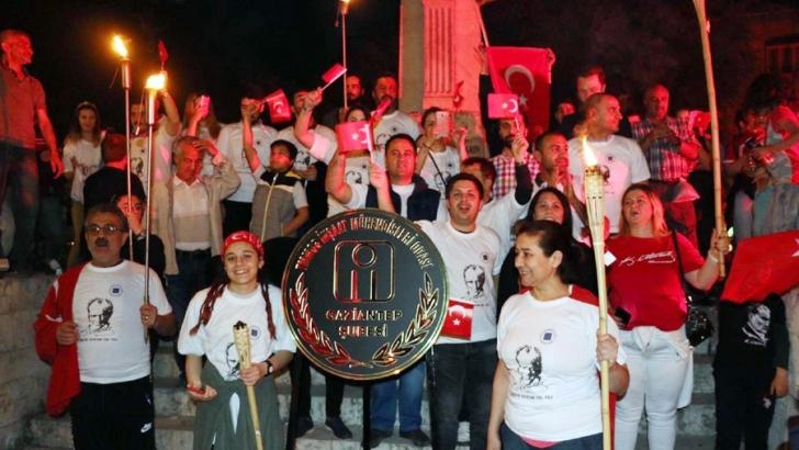 İMO 19 Mayıs'ı 100. Yıl Fener Alayı ile kutladı