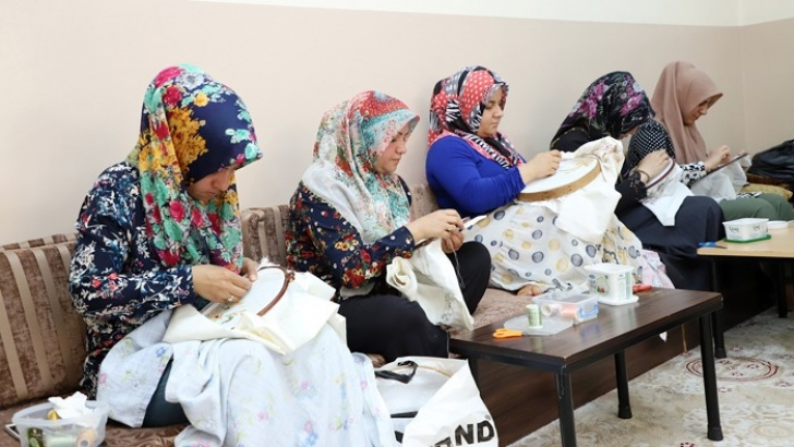 Şehitkamil'in el beceri kurslarına kadınlardan yoğun ilgi