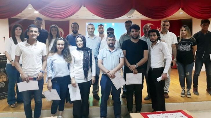 İlk yardım eğitimini tamamlayan öğrenciler sertifikalarını aldı