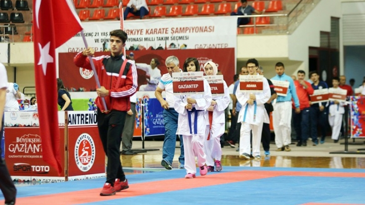 Karate'nin gençleri Gaziantep'te buluşuyor