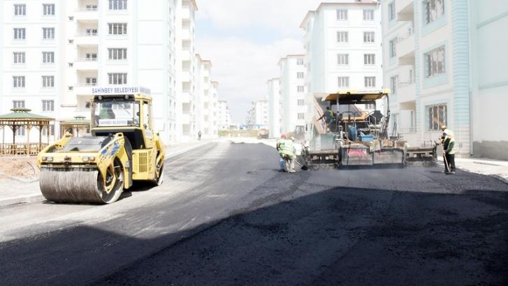 Şahinbey Belediyesi asfalt çalışmalarını sürdürüyor