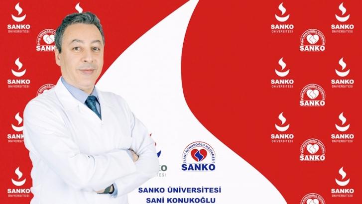 PROF. DR. AYHAN ÖZKUR SANKO'DA