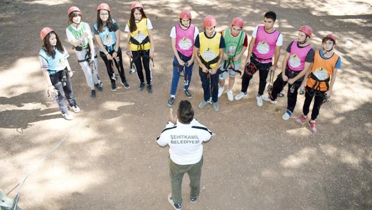 Gençlerin kamp keyfi devam ediyor