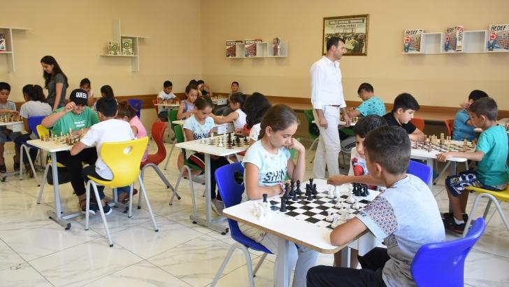 Şahinbey Belediyesi'nden satranç kursu