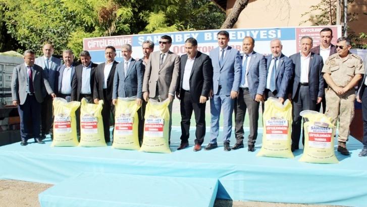 Şahinbey Belediyesi çiftçilere destek olmaya devam ediyor