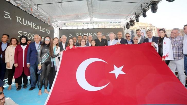 FIRAT'IN İNCİSİ RUMKALE, SU FESTİVALİ'YLE BÜYÜLEDİ