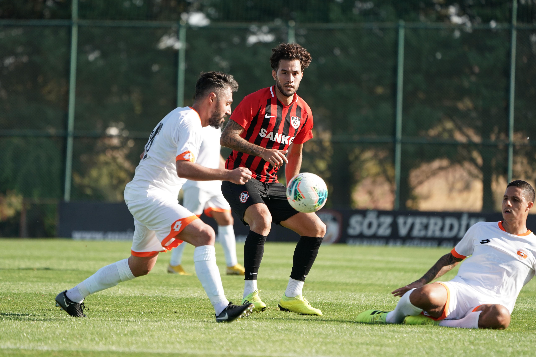 Gaziantep FK hazırlık maçı oynadı