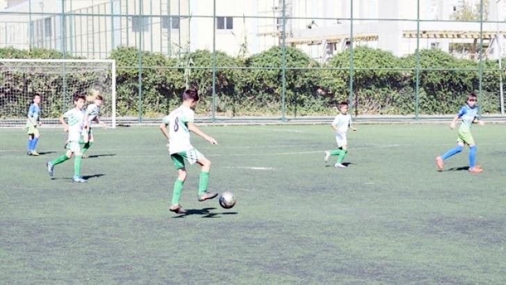 Futbol oynamak onlar için büyük keyif