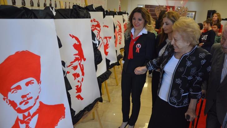 GKV'de Atatürk ve Cumhuriyet konulu resim sergisi