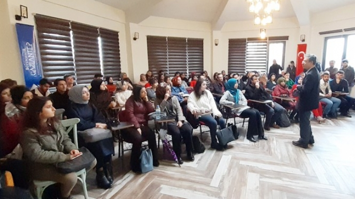 PROF. DR. KANOĞLU'NDAN AHLAKİ ZEKA KONFERANSI