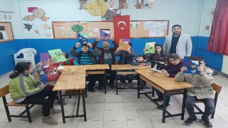 Engelli öğrencilerin karne sevinci