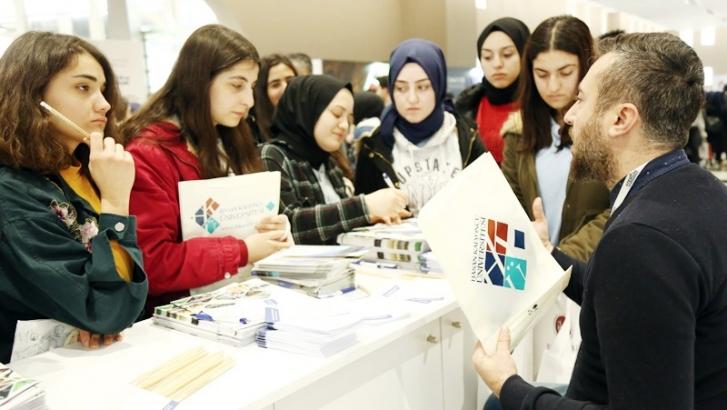 HKÜ üniversite adaylarıyla buluşuyor