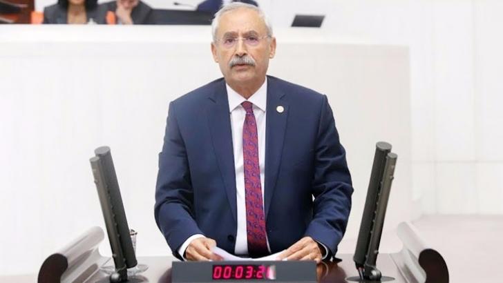 """""""80 BİN 583 ÜCRETLİ ÖĞRETMEN MAĞDUR!"""""""
