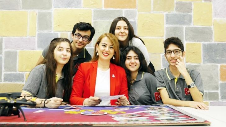 Bahçeşehir Gaziantep öğrencileri 9 proje ile Teknofest'te