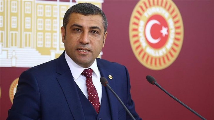 Taşdoğan Antep fıstığını meclise taşıdı