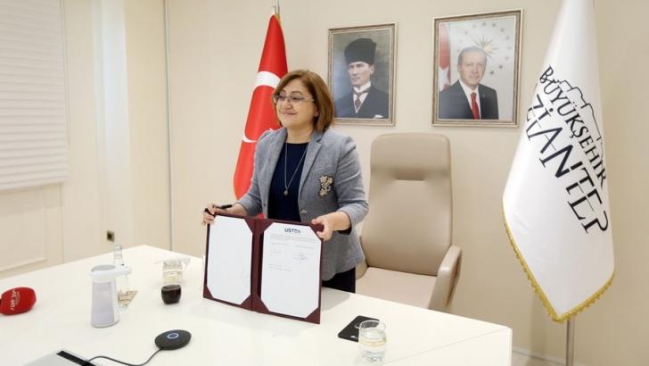 """GAZİANTEP AKILLI ŞEHİR MASTER PLANI PROTOKOL TÖRENİ"" DÜZENLENDİ"