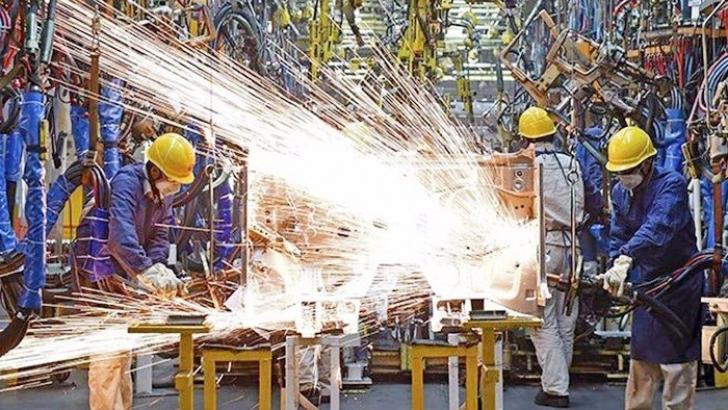 Sanayide üretim arttı