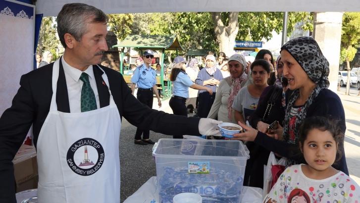 Şahinbey Belediyesi 500.000 kişiye aşure ikram edecek