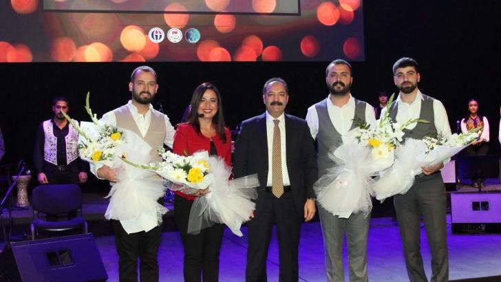 GAÜN Öğrencilerinden Türk Halk Müziği Konseri