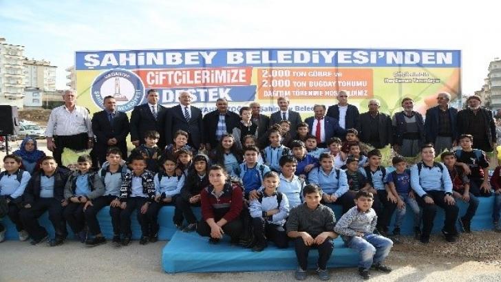 Şahinbey Belediyesi'nin çiftçiye desteği sürüyor