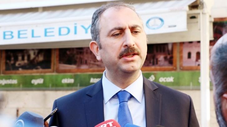 """""""Biz Zarrab'ı değil Türkiye'nin menfaatini ve hukukunu koruyoruz"""""""