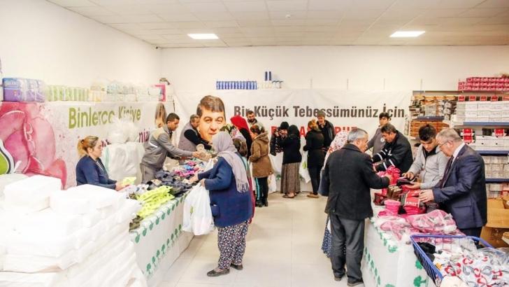 6 bin 400 kişiye kışlık kıyafet yardımı yapıldı