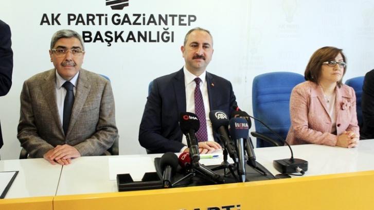 Bakan Gül'den YSK'ya yapılan eleştirilere sert cevap