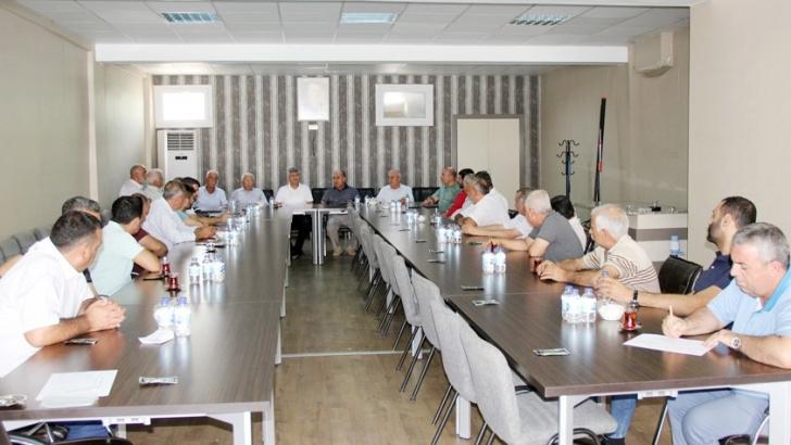 ANTEP FISTIĞI SEKTÖR TEMSİLCİLERİ İSTİŞARE TOPLANTISINDA BULUŞTU