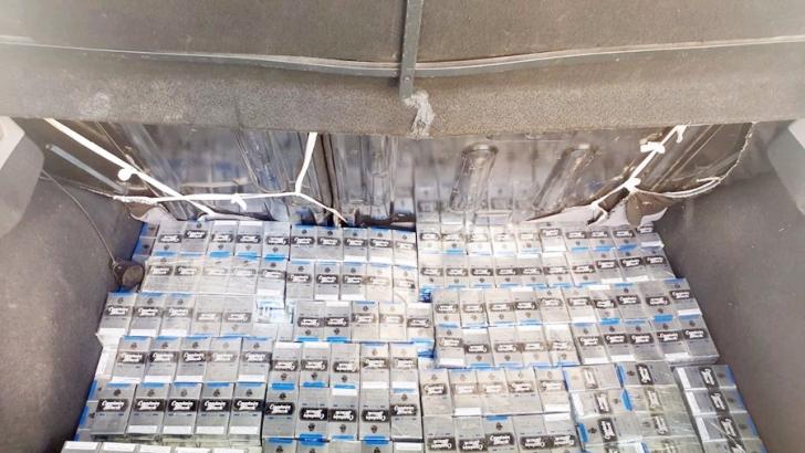 2 bin 500 paket kaçak sigara yakalandı