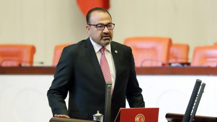 """""""GAÜN'deki Atatürk Anıtı ortak değerimiz"""""""