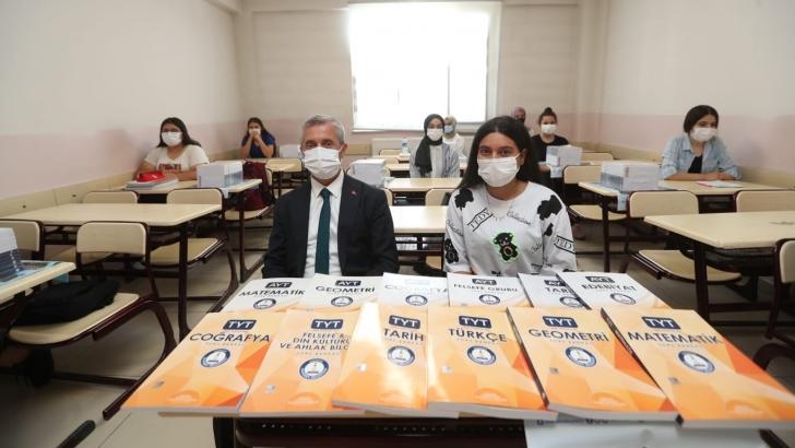 Şahinbey Belediyesi'nden eğitime destek sürüyor